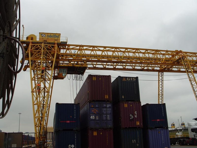 Container Port (Crane Detection Scheme)