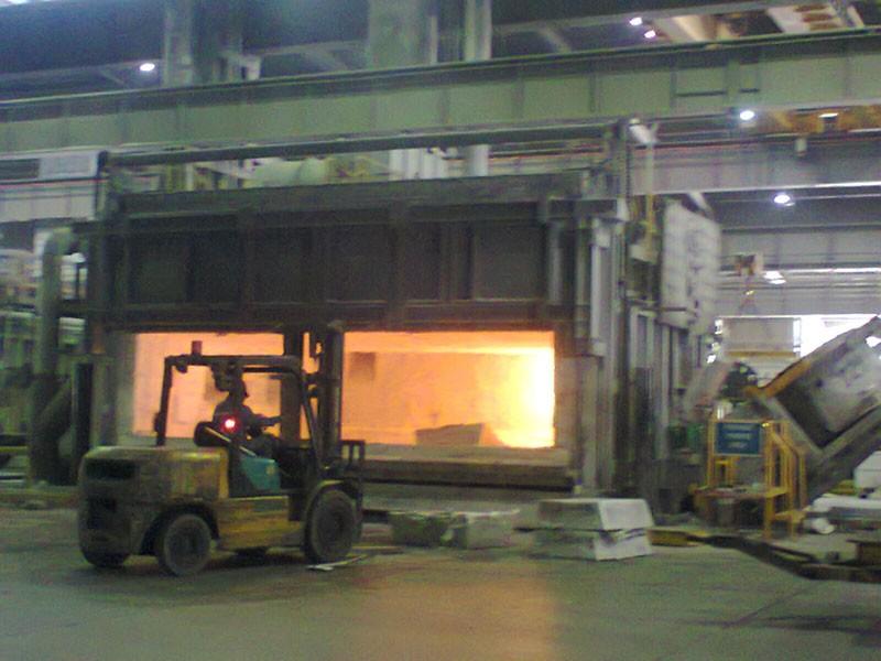 Aluminium Furnace (Remote Furnace Door Control)